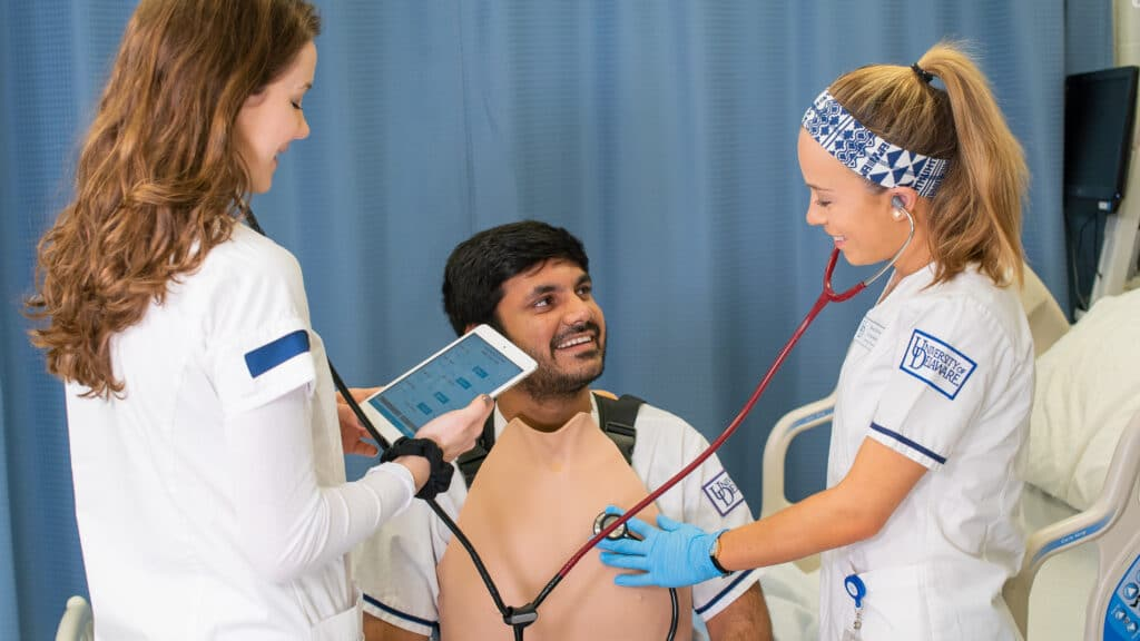 The Avtone provides realistic heart and lung sounds.